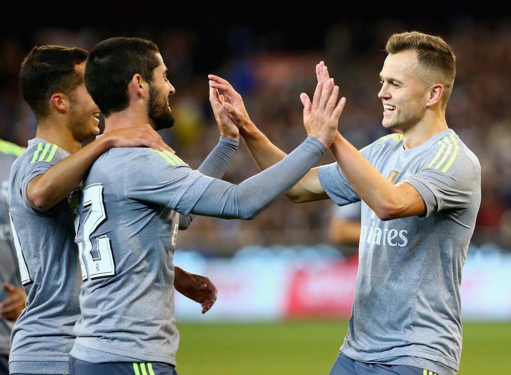 Denis+Cherychev+Real+Madrid+vs+Manchester+_1Hvu6vX__-x.jpg