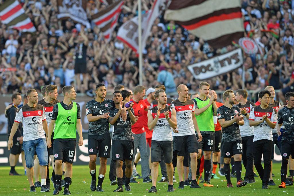 Немецкие футбольные движения