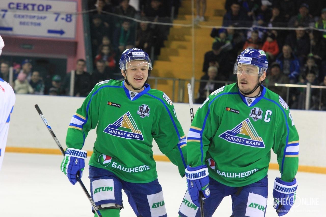 Кирилл Капризов (слева) и Игорь Григоренко