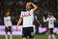 5 мая 2017. «Тоттенхэм» проигрывает «Вест Хэму» (0:1), отстав от «Челси» перед финишем на 7 очков.