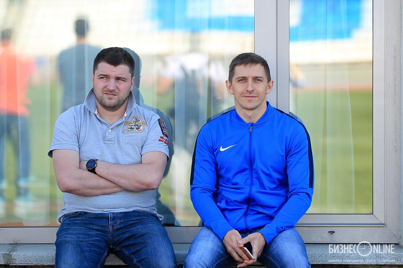 Юрий Попов (слева) – начальник команды и Павел Евдищенко – видеооператор